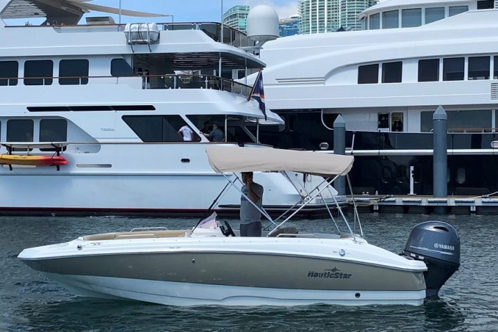 Boating Biscayne Bay in Miami | Miami Rent Boat