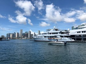 Boating Miami on Biscayne Bay | Miami Rent Boat